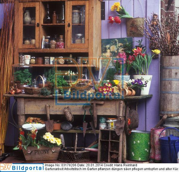 details zu 0003178206 gartenarbeit arbeitstisch im garten pflanzen d ngen s en pflegen. Black Bedroom Furniture Sets. Home Design Ideas