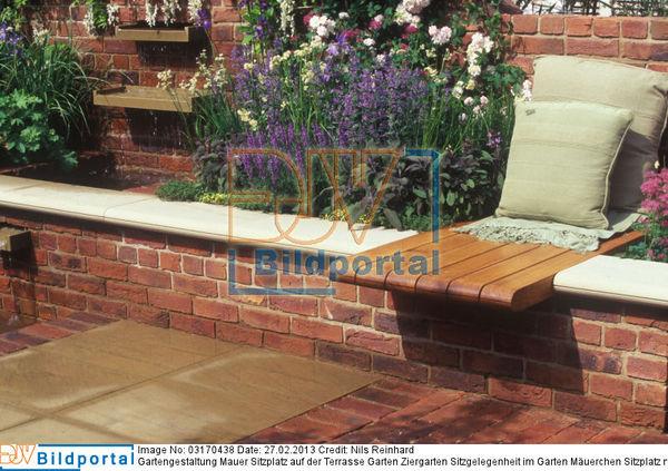 Details Zu 0003170438 Gartengestaltung Mauer Sitzplatz Auf Der