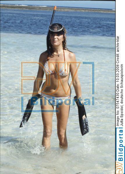 Bikini hot 28 - 1 part 6