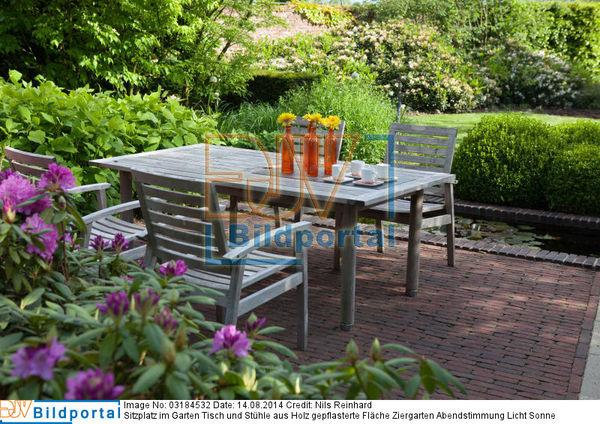 Details Zu 0003184532 Sitzplatz Im Garten Tisch Und Stuhle Aus