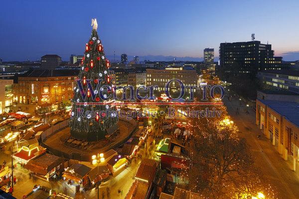 Blaue Weihnachtsbeleuchtung.Details Zu 1003517739 Weihnachtsmarkt Angeblich Groesster