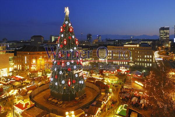 Blaue Weihnachtsbeleuchtung.Details Zu 1003517740 Weihnachtsmarkt Angeblich Groesster